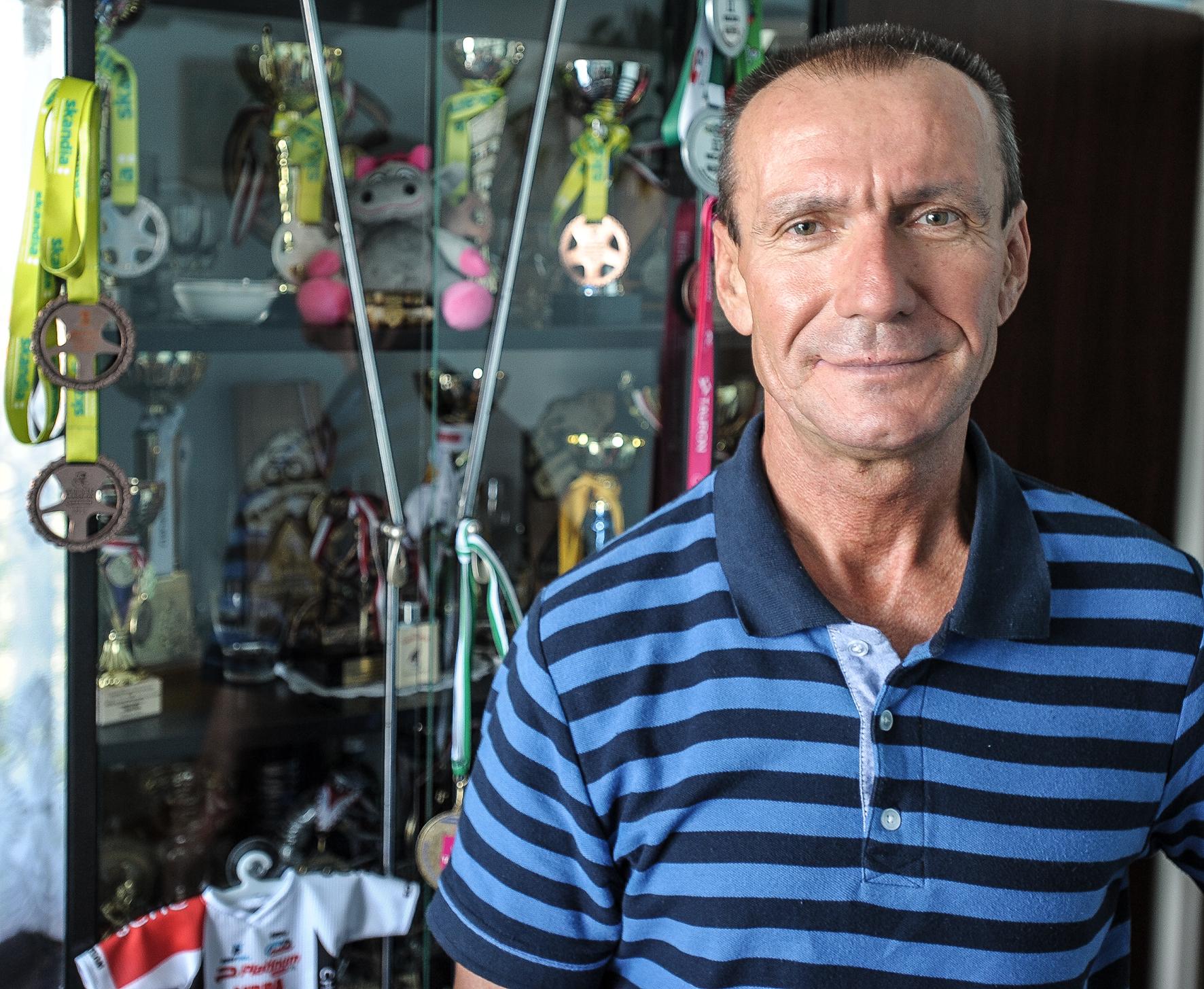Kolarz rowerowy mistrz Ryszard Piechówka z Jaworzna