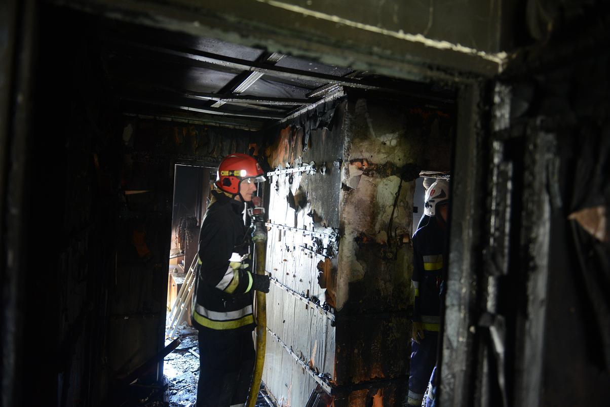 pożar osiedle stałe straż pożarna jaworzno