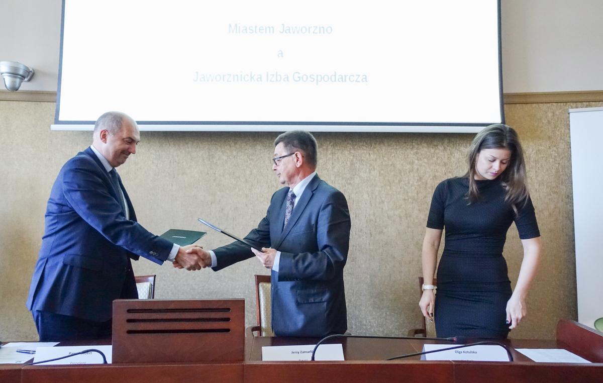 Jaworznicka Izba Gospodarcza podpisała porozumienie z gminą.